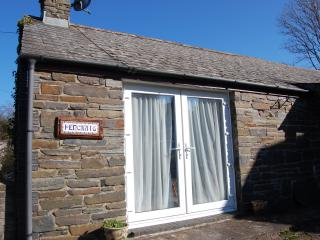 Cosy little cottage suitable for outdoor family or friends