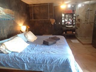 Bedroom with private bathroom for rent PSMLGC, San Pedro Pochutla