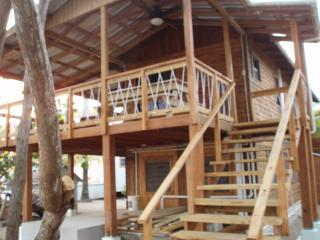 Studio apartment- Located on waterfront property., Placencia