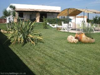 Villa with Swimming pool in San Vito dei Normanni, Brindisi