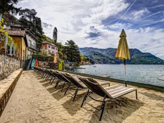 BEACHFRONT -  Villa Vista Lago -  Lakefront Views, Como