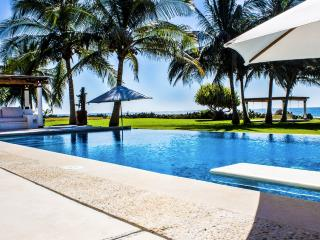 Amazing NEW villa in Puerto Escondido