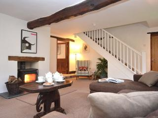 DUCKC Cottage situated in Woolacombe (7mls E)