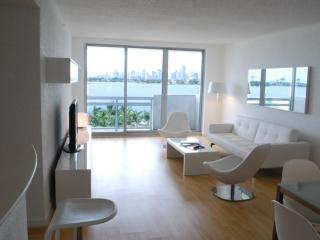 'Amazing Bay View', Miami Beach