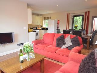 WORDS Cottage situated in Matlock (3mls N)