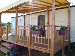 Comfortable Mobile Home Fréjus South of France