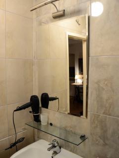 Terra Cittadella-bathroom. On the 2nd floor.