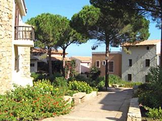 Pineta Uno, Baia Sardinia