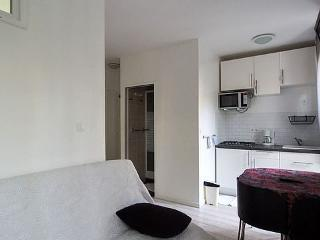 Apartment furnished 1 bedroom Avenue De Versailles