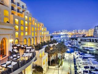 Waterfront Spinola  Bay Flat