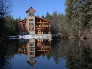 Family Cabin, Eureka