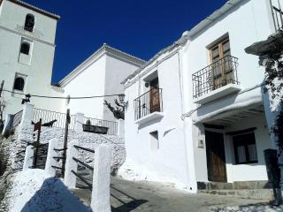 Moorish style, cozy 2 storey Cottage