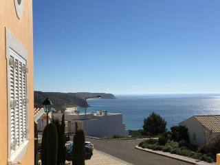 Salema View deluxe 3bed house with shared pool