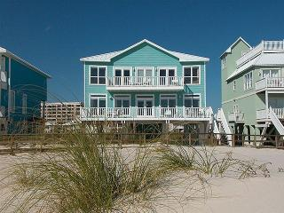 Day Dream ~ 5 bedrooms that sleeps 15 w/ elevator, Gulf Shores
