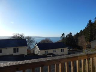 4* Bungalow number 8, sleeps up to 5 persons, Aberdyfi (Aberdovey)