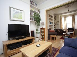 5 BEDROOM MEWS HOUSE IN CLAPHAM COMMON (ZONE 2), London