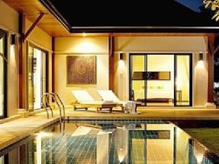 luxury villa in phuket pool close to naiharn beach, Nai Harn