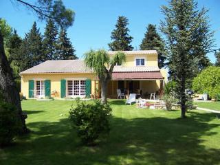 Villa de Vacances avec Piscine pres Luberon
