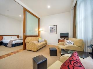 Heritage Hotel Studio Apartment on 3rd Floor, Auckland Central