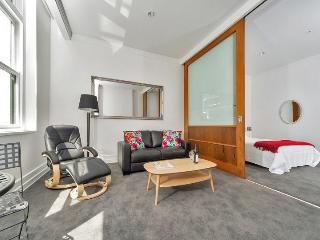 Spacious Studio in The Heritage Hotel, Auckland, Auckland Centre