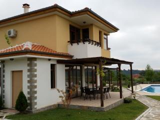 Nicodia Estate - Villa C - Perperikon, Haskovo & Kardjali - 20km range