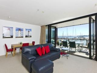Prestigious Waterfront Apartment in The Point, Viaduct Harbour, Auckland