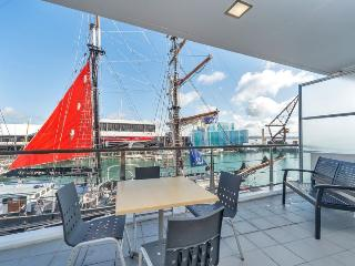Princes Wharf Shed 22 Auckland Serviced Apartment sleeps 4, Auckland Central