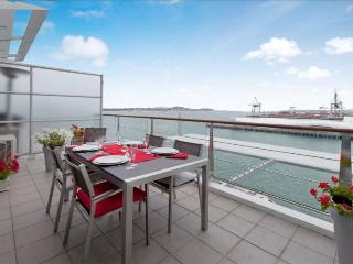 Princes Wharf Shed 20 l Auckland Apartment, Auckland Central