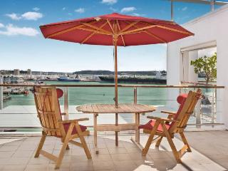 Spacious 3 Bedroom Apartment on Princes Wharf Shed 23, Auckland near Hilton Hotel with Parking