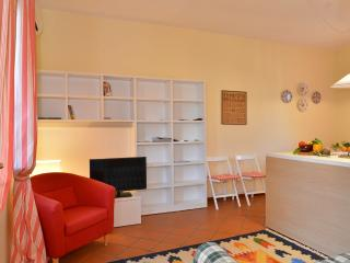 Beautifull apartment walking distance from centre, Lazise