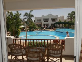 Delta Sharm - 2 bedroom pool view with terrace, Sharm El Sheikh