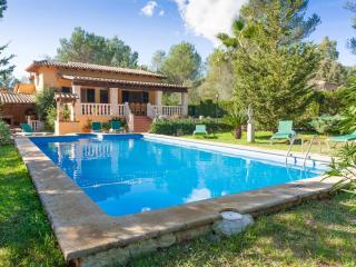 ELS PINS - Property for 8 people in Crestatx, Sa Pobla