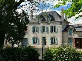 Cedar House - Maison de Maitre, Le Dorat
