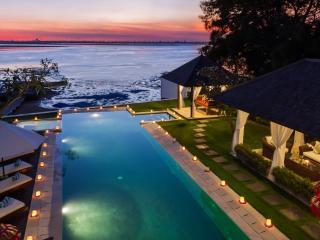 Villa Sunset - Puri Tirta, Península de Nusa Dua