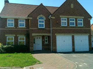 Beautiful 5 Bed Plus self Catering house, Great Sankey