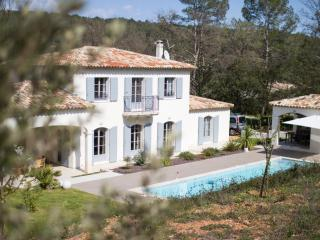 Recent farmhouse in the heart of the Var, Lorgues