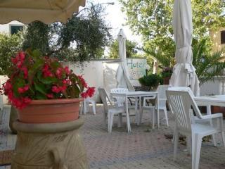 BED AND BREAKFAST  B&B HOTEL SANTA COSTANZA, San Vincenzo
