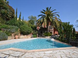 Villa L'Ours: A Stunning Côte d'Azûre Getaway, Le Trayas