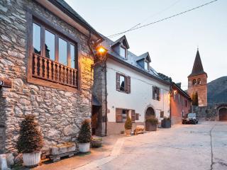Casa Coto Moreu, Betren