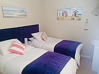 Master bedroom, Twin or Double bed