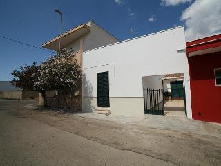 235 Accogliente Casa al Mare, Torre San Giovanni