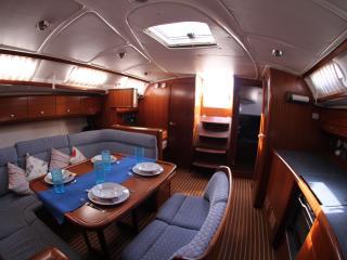Sailing Yacht Bavaria 44 Cruiser