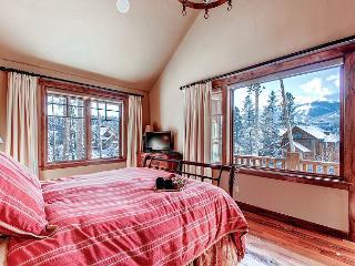 Enjoy Great Views in this Custom Built 4 Bedroom Lodge; Walk to Main Street!