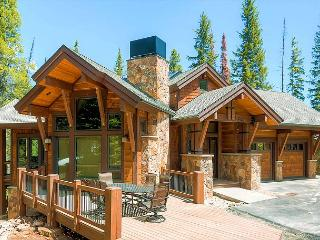 New luxury 5 bedroom 5 1/2 bath lodge in exclusive Northwoods area on Peak 8, Breckenridge