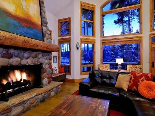 5 bedroom 5 Bath Luxe in Breck!, Breckenridge
