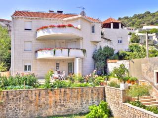 TH00523 Apartments Tonka / Three bedrooms A2, Isla de Brac