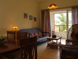 Close to beach w/ pool, fully equipped, aircon..., Flic en Flac