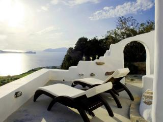 Sunset House in Plaka, Milos