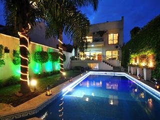 Amazing house close to Baires Dot Shopping Mall