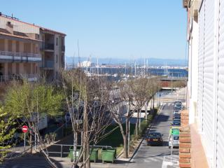 cuana apartment at 50 meters from the beach, Roses